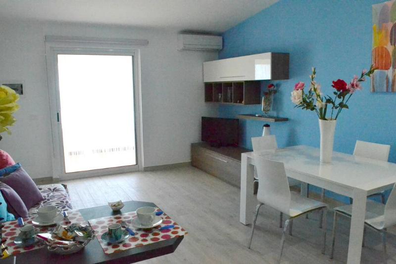 Casa di mary casa vacanze localit di mare villa adriana bed breakfast ragusa - Aria secca in casa ...